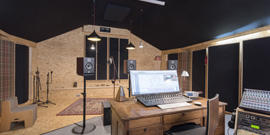 Réhabilitation d'une grange en studio d'enregistrement